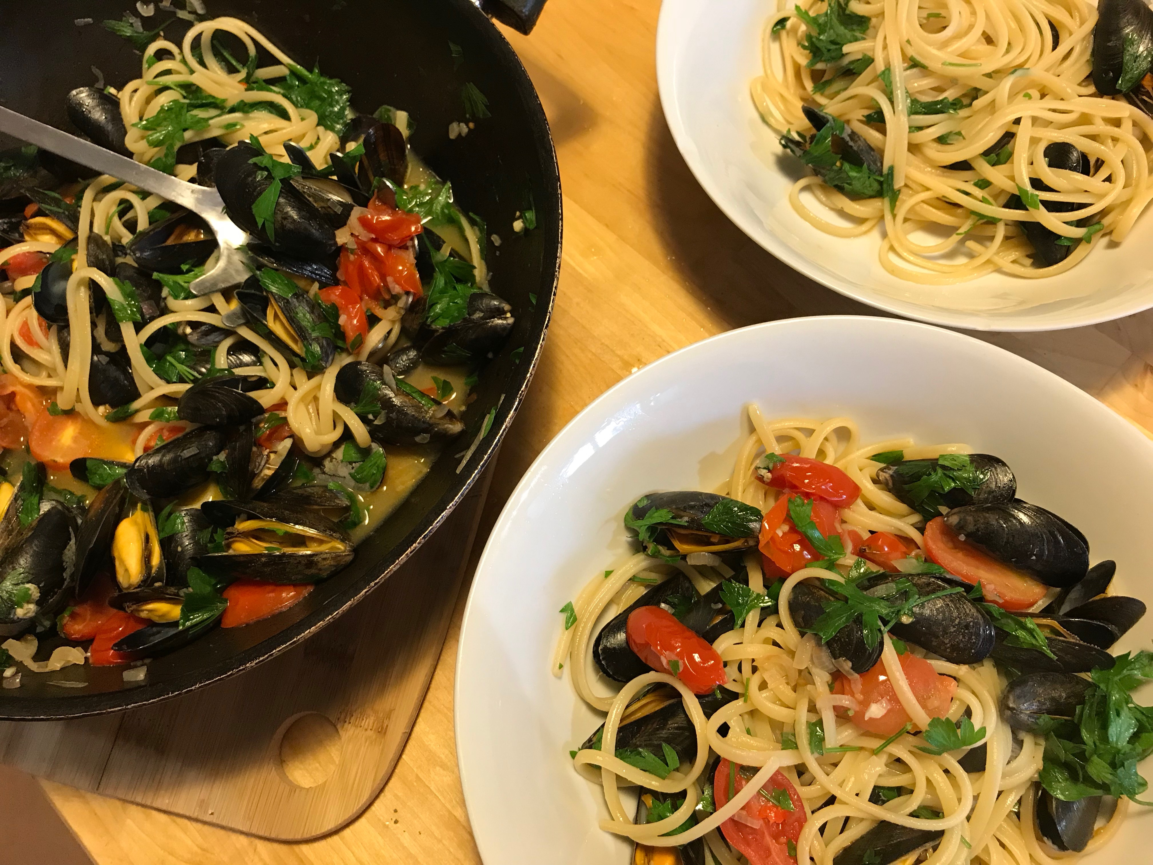spicy mussels with spaghetti painting holidays france